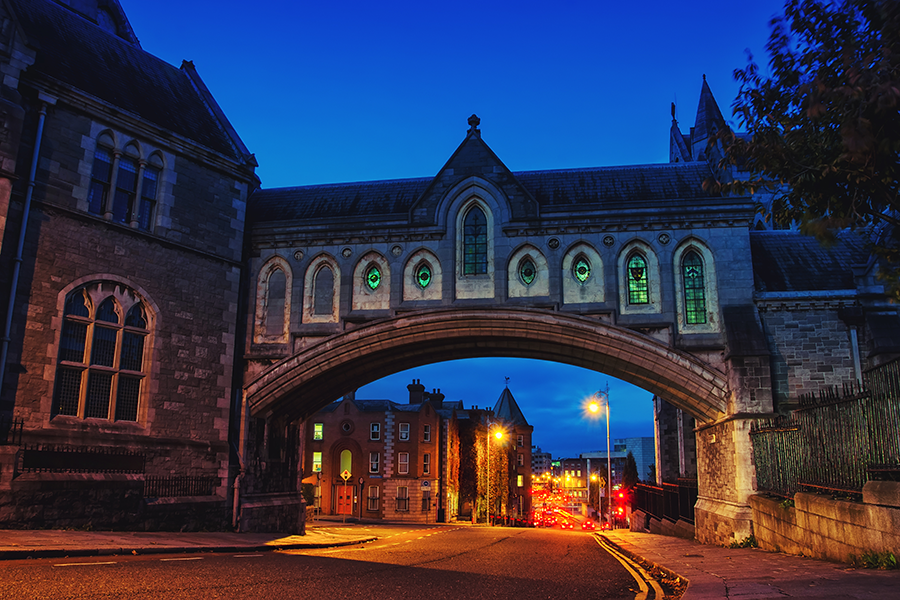 Embark on Ghoulish Ghost Tours in Dublin